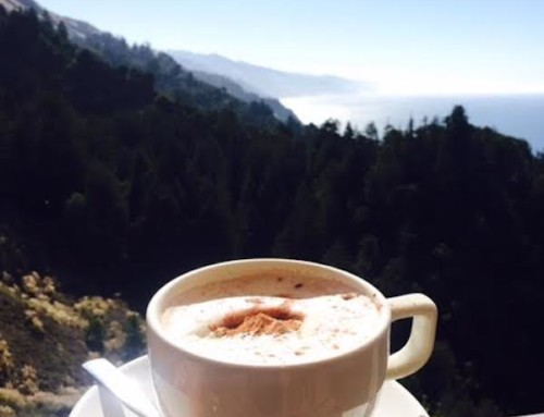 A Beautiful Drive and a Hot Chocolate at Café Kevah, Big Sur, USA