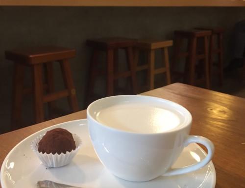 Hong Kong Markets and a Hot Chocolate at KnockBox Coffee Company, Hong Kong, China